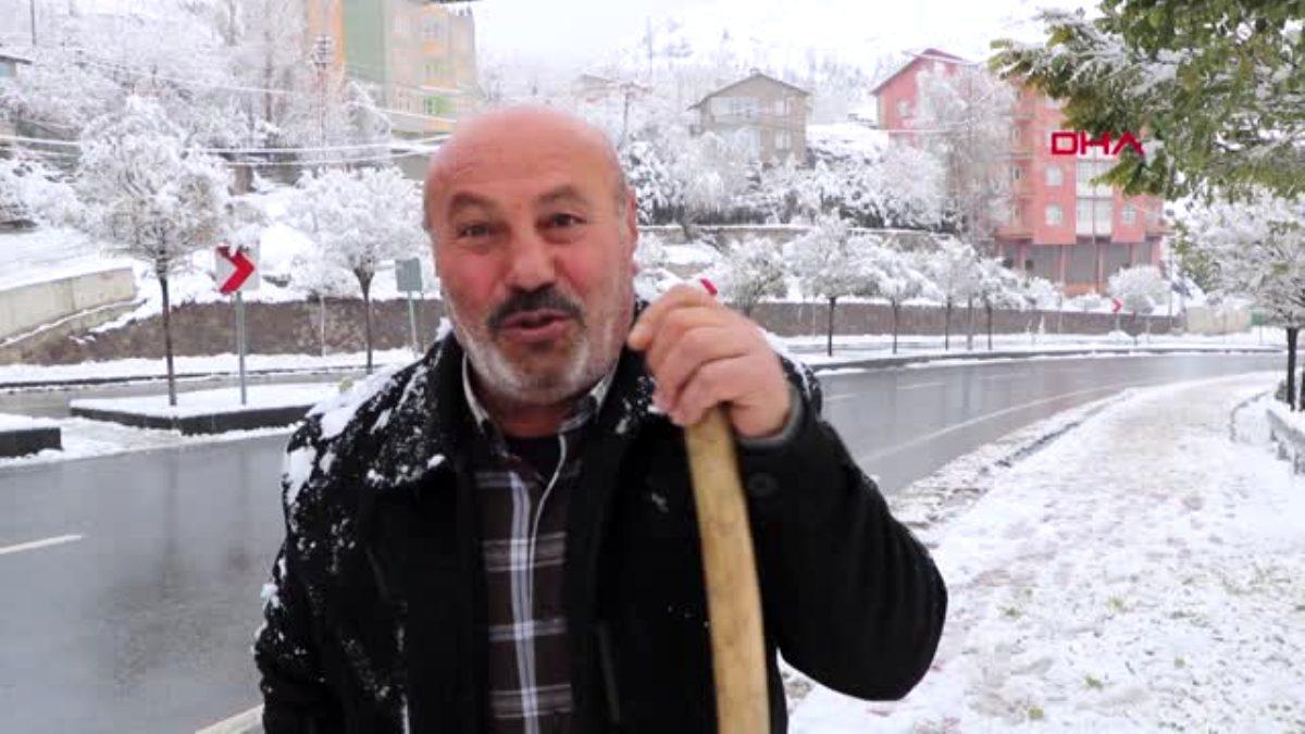 Hakkari de kar 59 köy ve mezranın yolunu kapattı