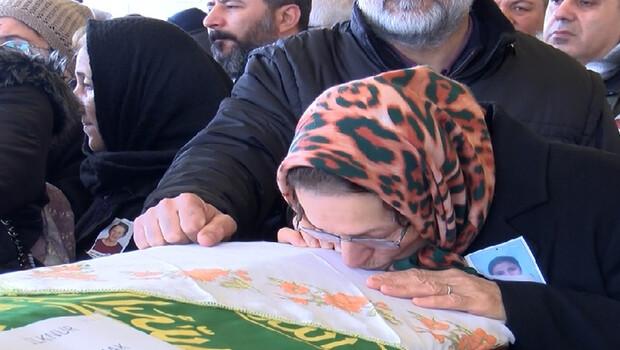 Ankara'da otomobilin çarpması sonucu ölen 2 kadın toprağa verildi