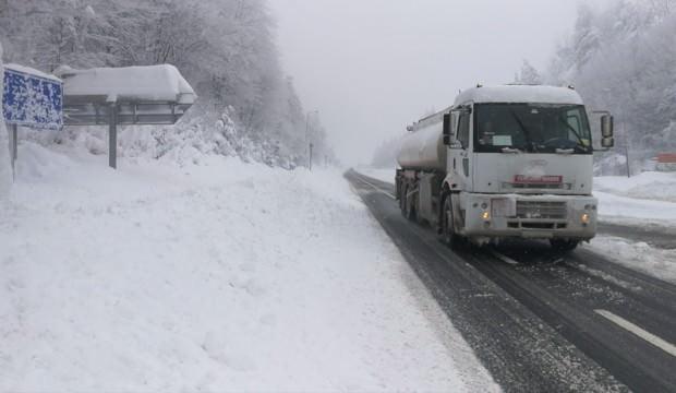 Bolu Dağı'nda kar kalınlığı 1 metreyi geçti