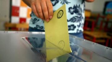 Bugün Seçim Olsa,4 Parti Barajı Geçiyor!