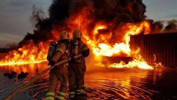 Son dakika gündem: Trabzon da yangın; 6 ev kül oldu