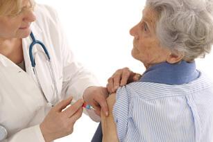 Aşı olan 65 Yaş gurubuna,Sokak kısıtlaması sona eriyor