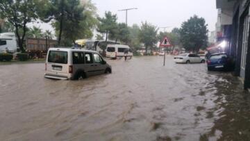 Fatsa'yı sel bastı!bir çok mahalle de maddi zarar meydana geldi